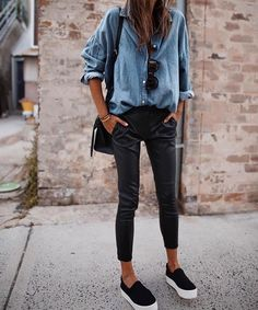 What to wear on a first date for drinks | Date outfit Fashion Mode, Look Fashion, Denim Fashion, Autumn Fashion, Fashion Outfits, Womens Fashion, Fashion Trends, Lifestyle Fashion, Fashion Styles
