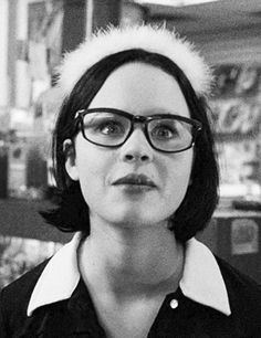 Enid: I think only stupid people have good relationships. (Ghost World)