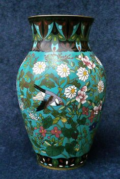 SUPERB LARGE ANTIQUE JAPANESE CLOISONNE VASE BIRDS AND FLOWERS