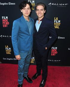 """Cole Sprouse and Dylan Sprouse attend the screening of """"Banana Split"""" during the 2018 LA Film Festival at ArcLight Culver City on September 2018 in Culver City, California. Get premium, high resolution news photos at Getty Images Dylan Sprouse, Sprouse Bros, Cole Sprouse Hot, Cole Sprouse Funny, Cole Sprouse Jughead, Dan Cole, Dylan Y Cole, Dan Howell, Cole Sprouse Shirtless"""