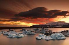 Iceland - Sunset at Jökulsárlón (Glacier Lagoon)