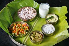 An Ayurvedic Meal: Kalari Kovilakom Kollengod, Palakkad is one of the authentic Ayurveda center in Kerala, India Clean Recipes, New Recipes, Healthy Recipes, Clean Meals, Ayurvedic Healing, Ayurveda, Kerala Food, Indian Food Recipes, Ethnic Recipes