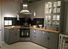 Ikea Cuisine Metod source D & Ikea Cuisine Bodbyn Luxe Cuisine Bo . Bodbyn Kitchen Grey, Ikea Metod Kitchen, Ikea Kitchen Cabinets, Grey Kitchens, Kitchen Furniture, Home Kitchens, Cheap Furniture, Discount Furniture, Furniture Stores