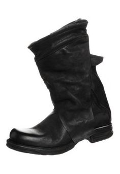SAINTMETAL - Cowboy-/ Bikerstiefeletten - nero Got The Look, Riding Boots, Biker, Shoes, Fashion, Cowboy Boot, Shoe, Black People, Zapatos