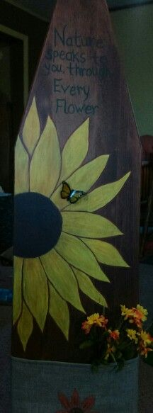 Painted an old ironing board, added burlap at the bottom and glued a butterfly… Painted Ironing Board, Antique Ironing Boards, Wood Ironing Boards, Painted Boards, Autumn Painting, Tole Painting, Painting On Wood, Fall Paintings, Door Crafts