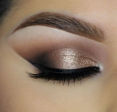 Dramatic and daring yet classic and refined! Click to learn how to recreate this look using Makeup Geek Creme Brulee Latte Mocha and Corrupt eyeshadows along with Afterglow pigment and Immortal gel liner.