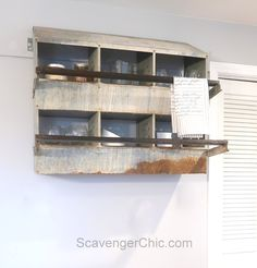 Chicken Nesting Box to Shabby Chic Shelving - Scavenger Chic Shabby Chic Shelves, Shabby Chic Kitchen, Shabby Chic Homes, Shabby Chic Decor, Shabby Chic Home Accessories, Architecture Design, Chicken Nesting Boxes, Shabby Chic Furniture, Home Decor Inspiration