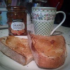 Coffee and toast,looove Mackays marmalade! #madeinscotland #mackays #mackaysmarmalade #timetobreakfast #freeday
