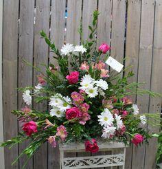 Pink & White Fresh Flower Arrangement