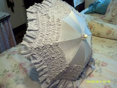 Reproduction Civil War Silk Taffeta Walking Parasol in Lavender Silk Taffeta with Ruching and Ruffle by alliestrunk on Etsy 1800 Clothing, Silk Taffeta, Lavender, War, Trending Outfits, Unique Jewelry, Handmade Gifts, Walking, Vintage