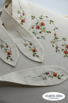 Elisabetta ricami a mano: Patrizia & me... Non ci avrei scommesso! Hand Embroidery, Needlework, Lady, Tableware, Embroidery, Dressmaking, Dinnerware, Couture, Handarbeit