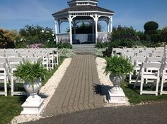 These Boston Ferns added a beautiful touch to an already beautiful gazebo. Sarah and Kyle 9.5.15