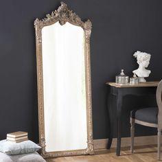 Espejo de pie de madera y resina dorada Al. 168cm CONSERVATOIRE