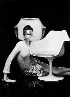 Tulip Chair by Eero Saarinen