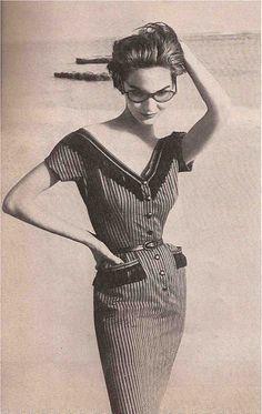 Fashion photography by Richard Avedon, 1953. #fashion