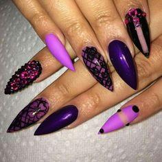 Naomicam_nails