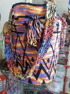 MARLY THIBES: Bolsa crochê tapestry