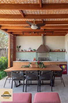 45 Gorgeous Outdoor Patio Design Ideas Enticing You to Stay Longer Outdoor Kitchen Design, Patio Design, Rooftop Terrace Design, Homer Decor, A Frame House Plans, Sweet Home, Kiosk, Floor Design, Beautiful Kitchens
