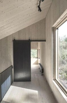 modern indoor sliding doors you will love - May 05 2019 at Interior Barn Doors, Interior And Exterior, Cabin Design, Innovation Design, Cabana, Future House, Interior Architecture, Classical Architecture, New Homes