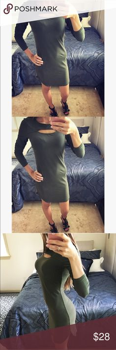 Green dress This dress is so sexy! Size small. Has rounded slits on the sides. It is long sleeve Dresses Mini