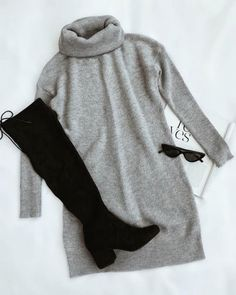 Reader Light Grey Sweater Dress Dig this whole look. Would want dress to be a little longer and super cozy.Dig this whole look. Would want dress to be a little longer and super cozy. Mode Outfits, Trendy Outfits, Fashion Outfits, Womens Fashion, Fashion Trends, Chic Outfits, Fashion 2018, Classy Outfits, Fashion Fashion