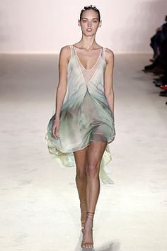 Stella McCartney Spring 2004 Ready-to-Wear Fashion Show - Dovile Virsilaite (OUI), Stella McCartney