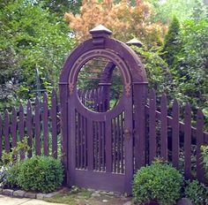 Purple fence and gate ... Must be my sister's fence...it's purple!!! <3