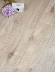 A stunning 8mm light floor with great value is the Euro Achensee Oak. It comes with V-groove and an AC3 wear rating. This German laminate is well specified and the light neutral colours make it easy to compliment other neutral tones or provide a background for bright colour splashes. Also featured is a wood grain embossed surface and easy to use click system.