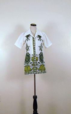 Vintage Green Print Shirt by CheekyVintageCloset on Etsy, $14.50