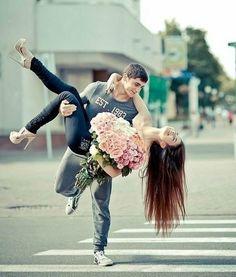 Romântico: Amor e um lindo buquê de flores