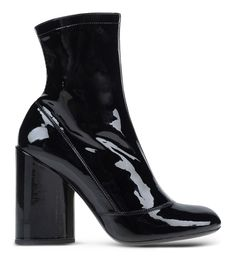Marc Jacobs Black Leather Ankle Bootie