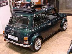 Mini Cooper Classic, Classic Mini, Mini Moris, Rover Mini Cooper, Automobile, Engineering, Cars, Classic Cars, Motorbikes