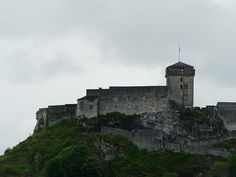 Lourdes château vu depuis basilique