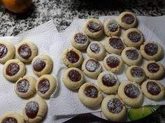 Pepas de membrillo Receta de Rocío Fiscante- Cookpad Mini Cupcakes, Cheesecake, Desserts, Food, Gourmet, New Recipes, Buns, Afternoon Snacks, Easy Recipes
