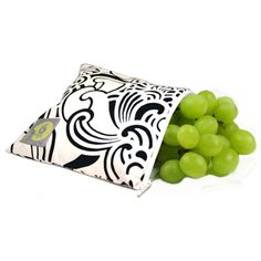 Reusable snack bag. I want to make a bunch of these.