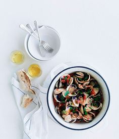 Clams with cider and chorizo - Gourmet Traveller