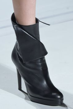 Pin for Later: Check Out the Latest Designer Shoes That Just Walked the Catwalk at PFW  Guy Laroche Autumn 2016