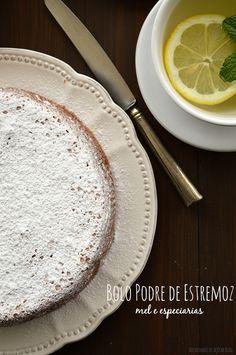 Bocadinhos de Açúcar: Bolo Podre de Estremoz
