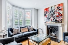 We recently had the pleasure of speaking with Kate about her Victorian Terrace home in Earlsfield which she shares with husband Francis and their three daughters. Since moving in, the couple have transformed their home as they felt it was very old fashioned and tired before their renovation work.  How perfect do our shutters look in this living room? #plantationshuttersltd