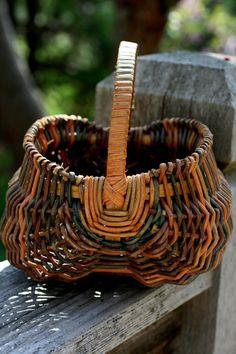 Vintage Buttocks Basket Egg Gathering Basket, Multicolored Farm Basket-  $15.00 USD
