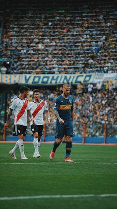 Galería de fotos. Postales que dejo para (nosotros) los bosteros la ida de la final de la Libertadores. Soccer Art, Landscape Wallpaper, Photomontage, Messi, Joker, Football, Carp, Sports, Football Squads