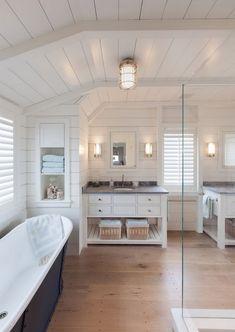 26 Trending Luxury Master Bathroom Designs 🛀