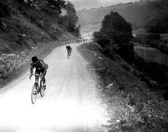 1934 Tourmalet > Rene Vietto leads Vincente Trueba up the col du Tourmalet