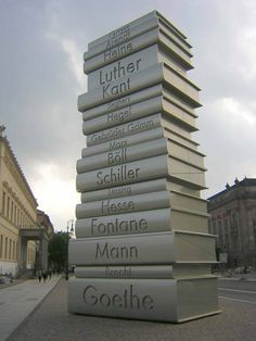 de cetit Grimm, Luther, Good Books, Books To Read, Amazing Books, Education, Sculpture, Spaces, Google