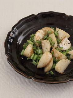 溶けて絡まるブルーチーズが調味料! 思いついたらさっと作れるのも魅力。|『ELLE a table』はおしゃれで簡単なレシピが満載!
