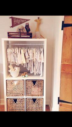 Ikea Kallax hack for baby room Ikea Baby Room, Baby Room Storage, Ikea Nursery, Baby Bedroom, Baby Boy Rooms, Bedroom Black, Ikea Hack Bedroom, Monkey Room, Baby Decor