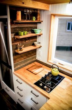 Awesome Tiny Kitchen Design For Your Beautiful Tiny House 470
