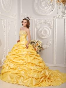 Appliques and Beading Bodice Pick-ups Yellow Quinceanera Dress With Court Train - $224.78