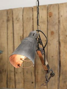Single spotlight with a distressed finish on 1 metre chain. Spot Lights, Wall Lights, Desk Lamp, Table Lamp, Light Up, Pendant Lighting, Chain, Design, Home Decor
