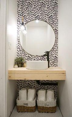 bathroom wallpaper DIY bathroom renovation with removable wallpaper Temporary Wallpaper, Bad Inspiration, Home Decor Inspiration, Garden Inspiration, Downstairs Bathroom, Bathroom Mold, Washroom, Navy Bathroom, Boho Bathroom